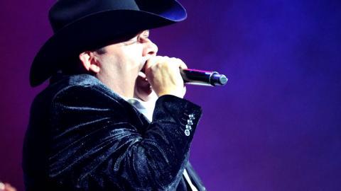 """Julion Alvarez y El Coyote - 30 Cartas (Norteño Banda) - El Coyote """"Jose Angel Ledesma"""""""