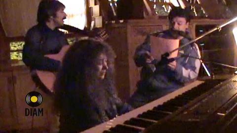 Juan Gabriel, Amanda Miguel y Diego Verdaguer ensayan Pídeme - Amanda Miguel
